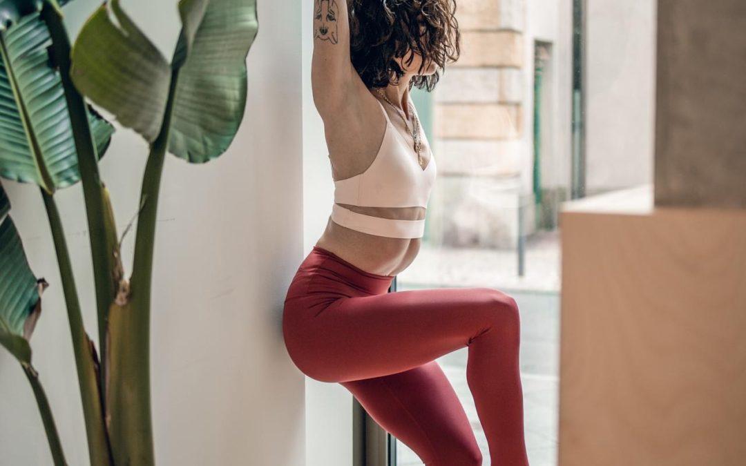 Yoga: Good Morning Stretch mit Estefania